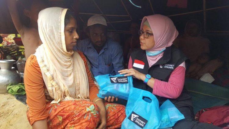 Kisah Para Wanita Tangguh Di Pos Pengungsian Rohingya